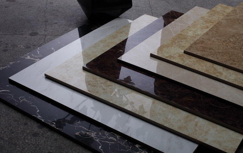 Чем отличается керамическая плитка от керамогранитной