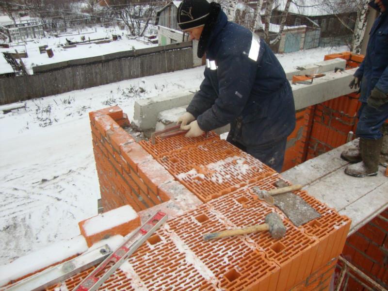 Кладка зимой при минусовой температуре особенности