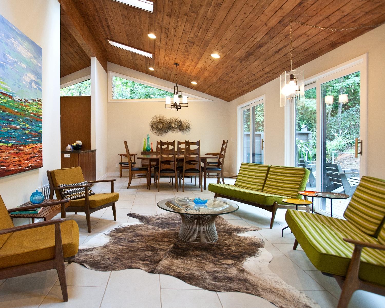Как правильно и красиво сделать деревянный потолок