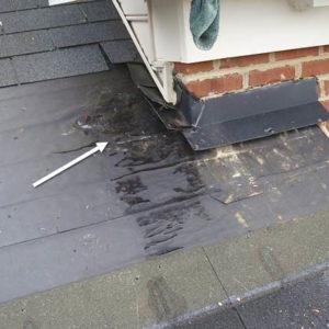 Как найти и устранить протекание крыши частного дома