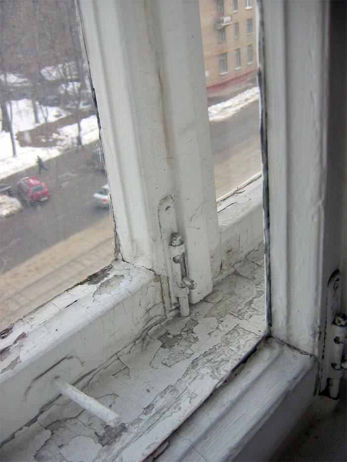 Стоит ли менять пластиковые и деревянные окна на новые