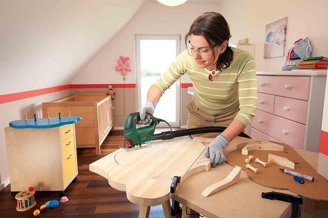 Как выбрать электролобзик для домашнего использования