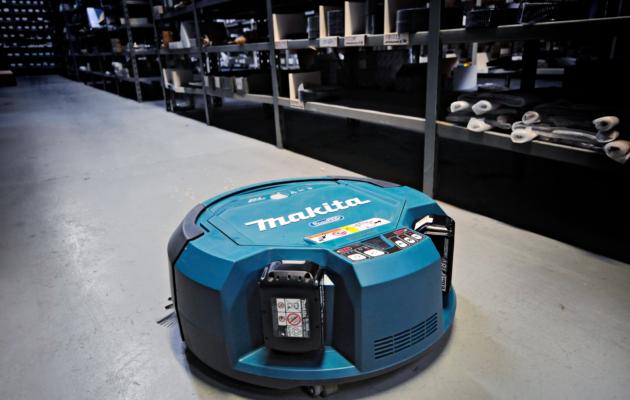 Makita DRC200Z робот пылесос для уборки больших и промышленных помещений