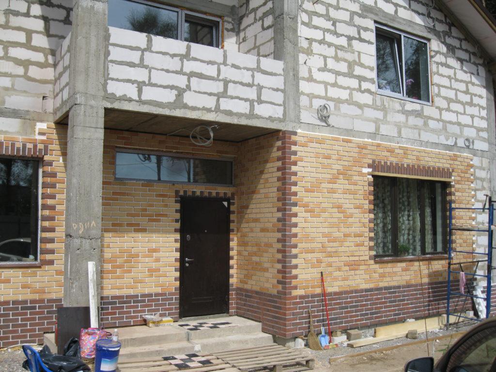 Облицовка фасада дома клинкерной плиткой своими руками