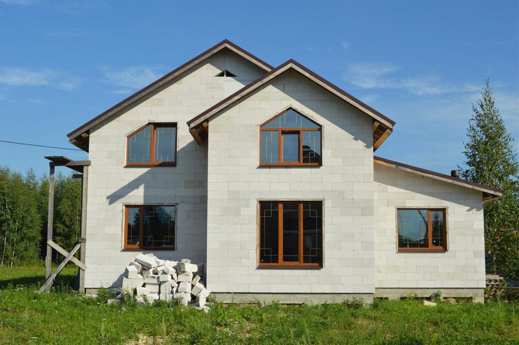Преимущества постройки дома из пеноблоков