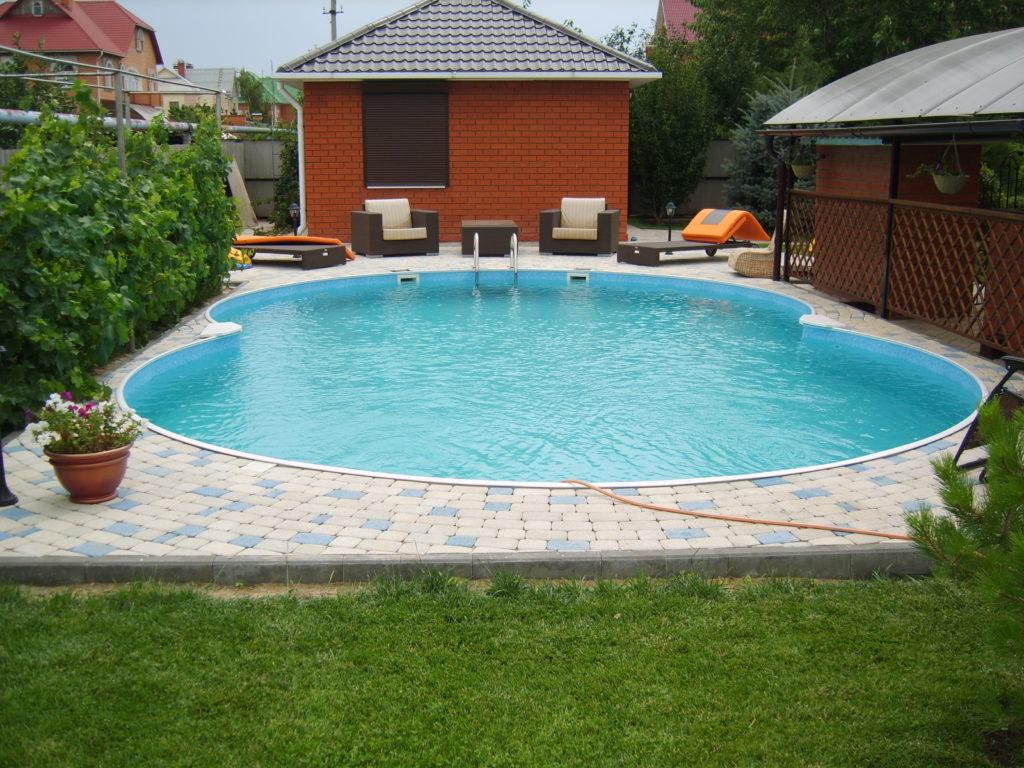 Строим бассейн у себя на участке